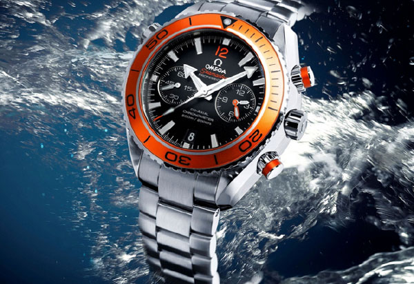 Water-Resistant-Watches--50m-or-200m-Pressure