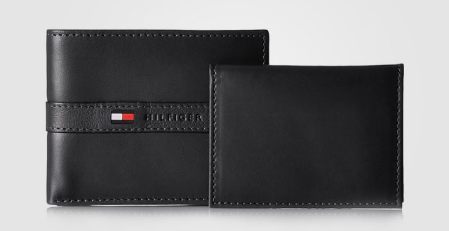 01.-Tommy-Hilfiger-Mens-Leather-Ranger-Passcase-Wallet