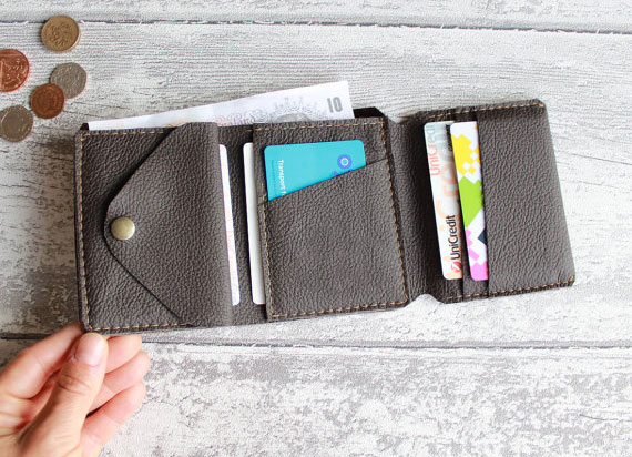 Trifold wallet – A handy accessory