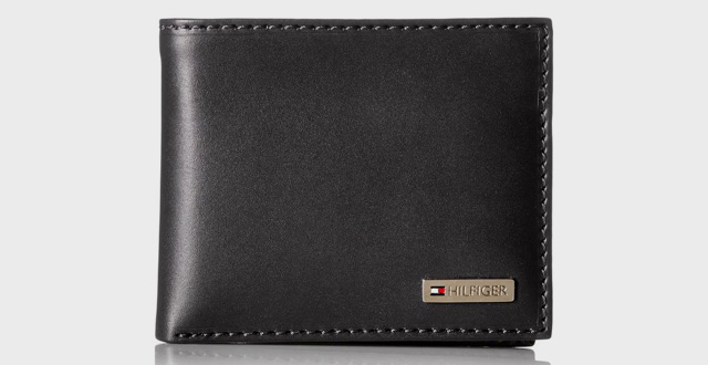 04-tommy-hilfiger-leather-mens-multi-card-passcase-bifold-wallet-with-removable-card-case