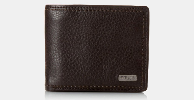 05.-Relic-Mens-Mark-Traveler-Wallet