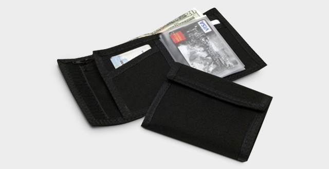 01-original-velcro-wallet-in-black-made-in-the-usa