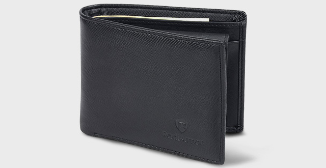 02-rfid-blocking-wallet-with-coin-pocket-by-radiarmor