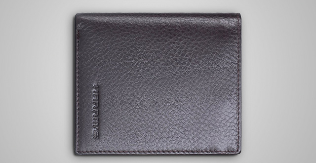 04-harrms-genuine-leather-wallets