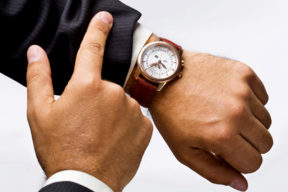 Wrist watch troubleshooting and how to deal with them