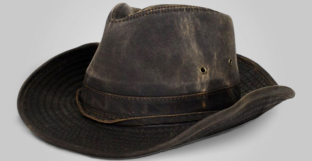 03-dorfman-pacific-weathered-cotton-outback-hat-with-chin-cord