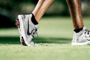 10 Best Golf Shoes For Men in 2017