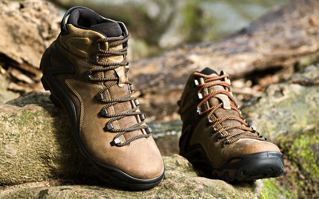 cc6342feafa Best Leather Hiking Boots To Go To - Cool Men Style 2019
